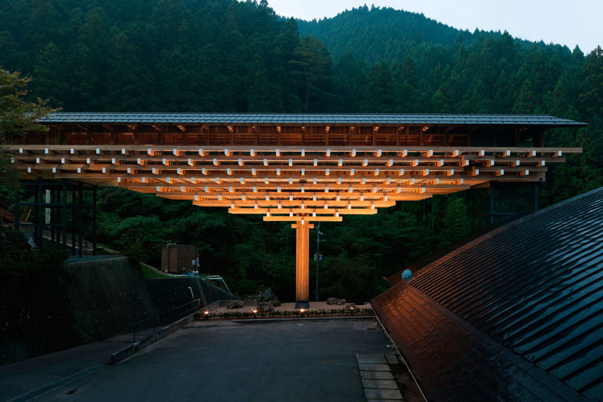 Yusuhara Wooden Bridge Museum / Kengo Kuma & Associates