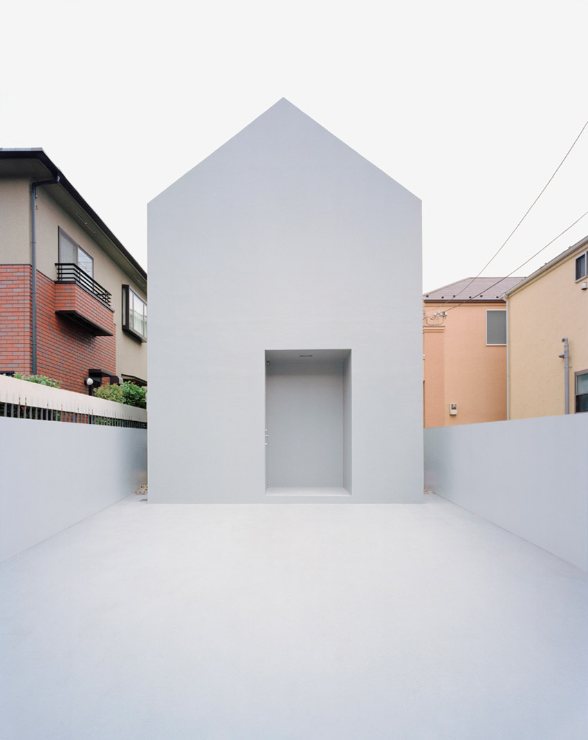 Ghost House / Datar Architecture
