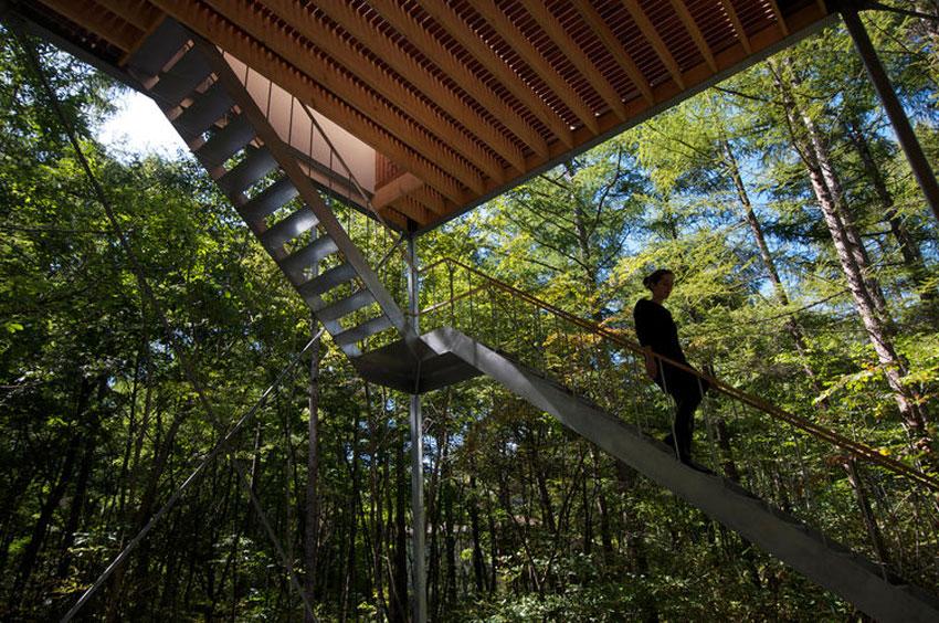 pilotis-forest-house-go-hasegawa4