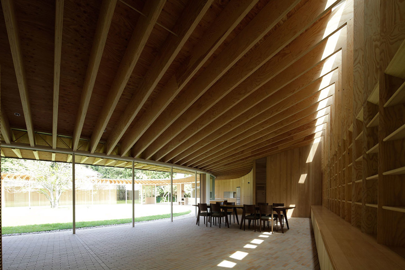 villa at sengokubara shigeru ban archeyes. Black Bedroom Furniture Sets. Home Design Ideas