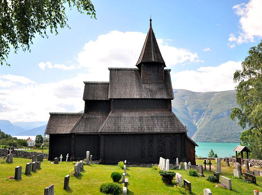 Borgund-Stave-Church-f