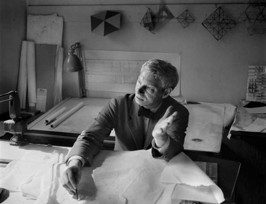 Louis Kahn Biography & Bibliography