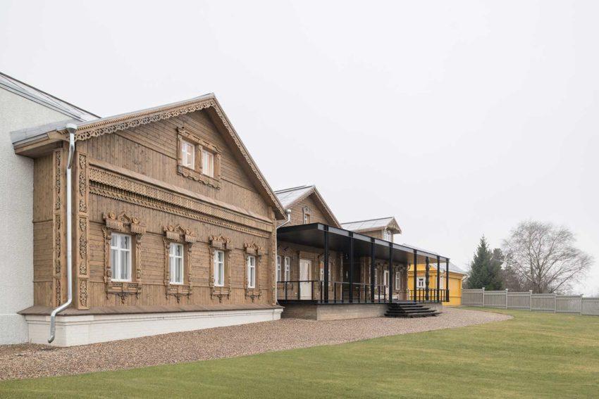 Front view elevation - Suzdal Estate House / FORM Bureau